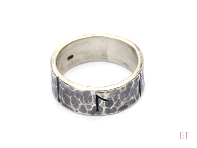 [Runic Ring] - Sterling Silver