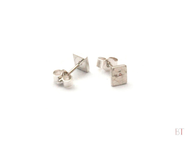 [Hammered Square Studs] – Sterling Silver, Copper